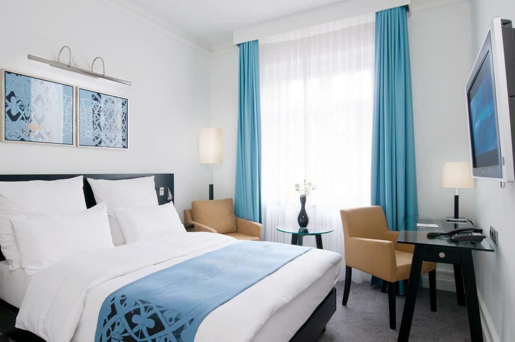 scandic palace hotel kopenhagen d nemark. Black Bedroom Furniture Sets. Home Design Ideas