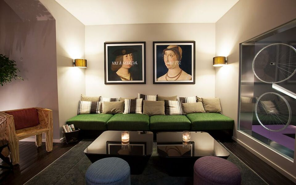 Internacional design hotel a design boutique hotel lisbon for Decor hotel portugal