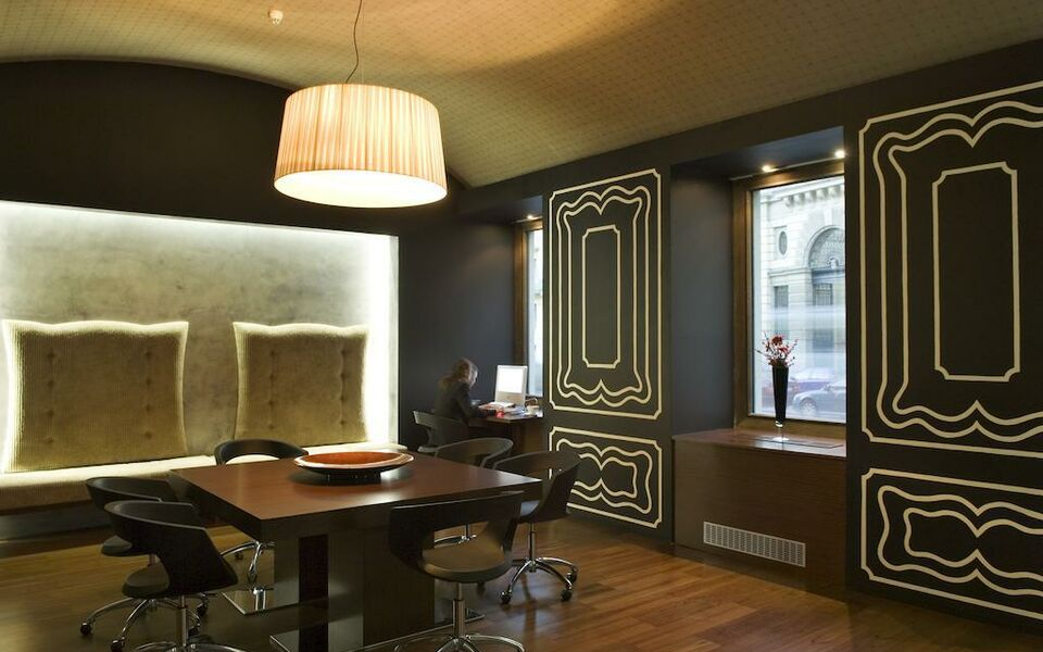 987 design prague hotel a design boutique hotel prague for Prague hotel design