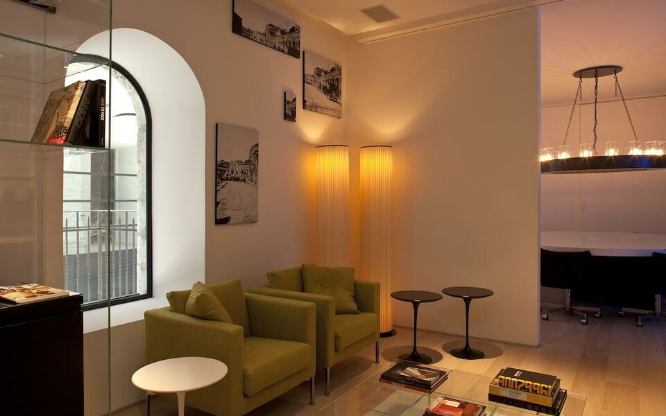 Mamilla hotel the leading hotels of the world a design for Leading small hotels