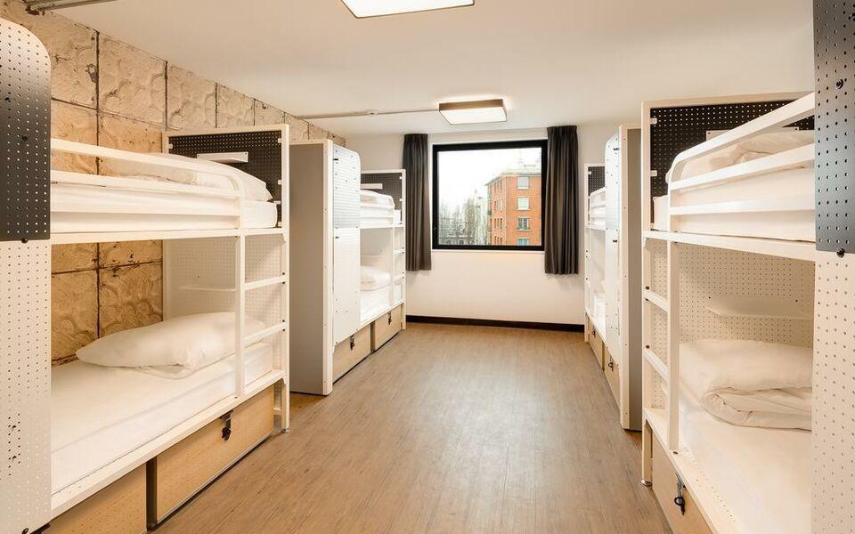 Generator paris a design boutique hotel paris france for Design boutique hotels paris