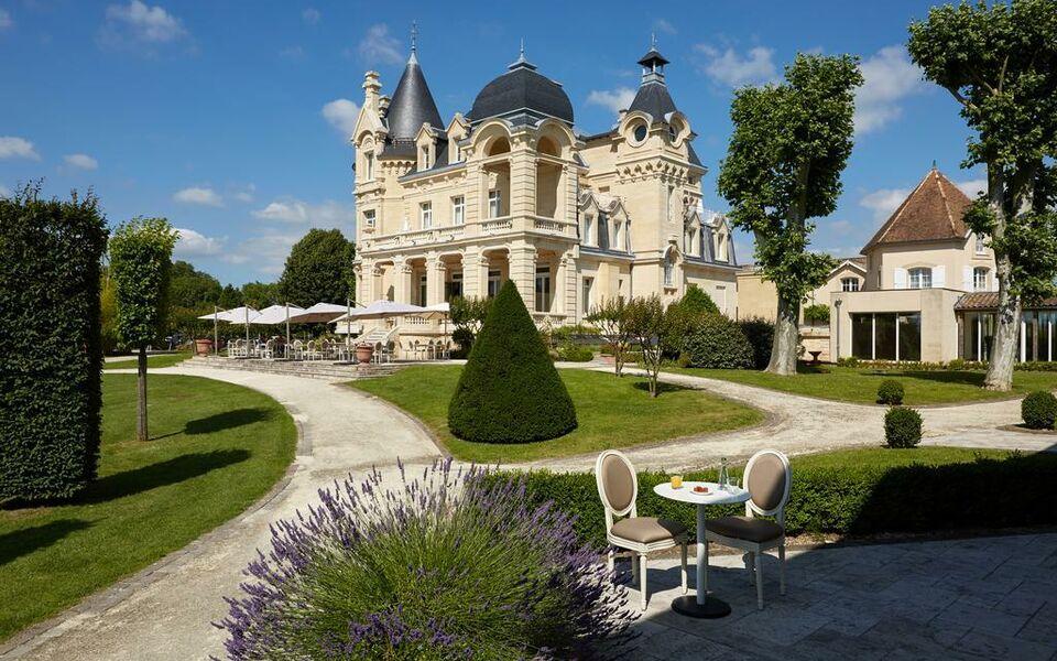 ch teau h tel grand barrail a design boutique hotel saint emilion france. Black Bedroom Furniture Sets. Home Design Ideas