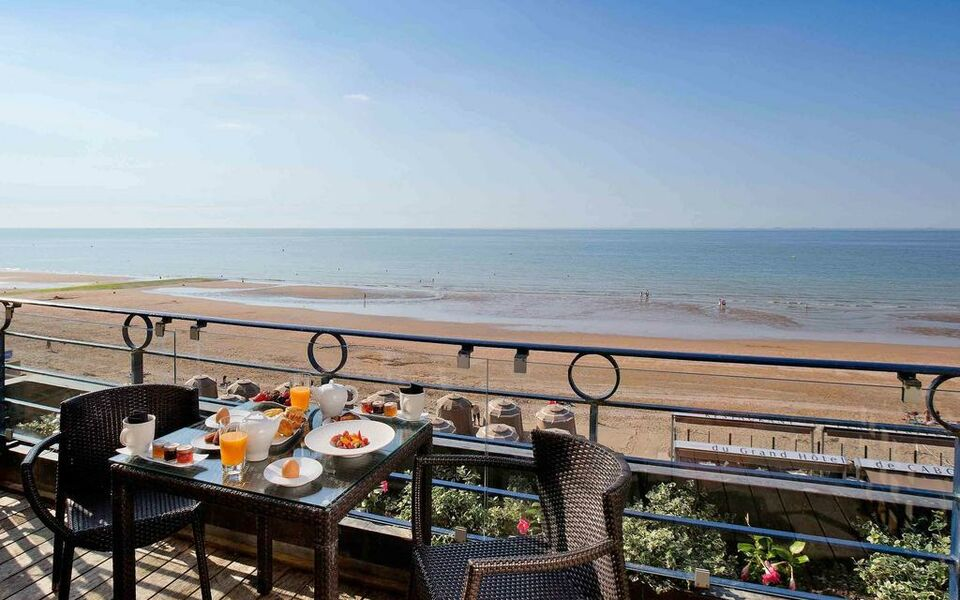 Le Grand Hotel Cabourg - MGallery by Sofitel, Cabourg (11)