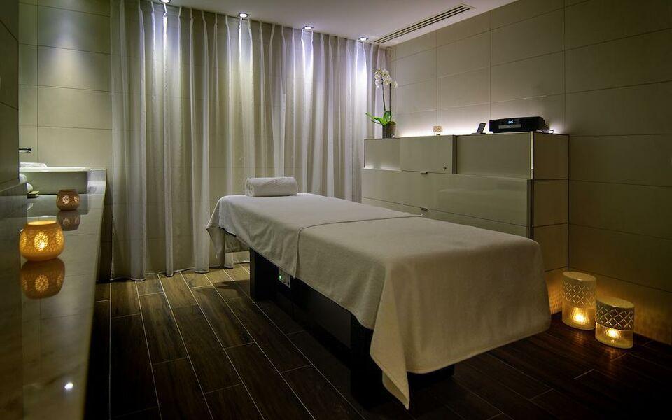 sofitel lyon bellecour lyon france my boutique hotel. Black Bedroom Furniture Sets. Home Design Ideas