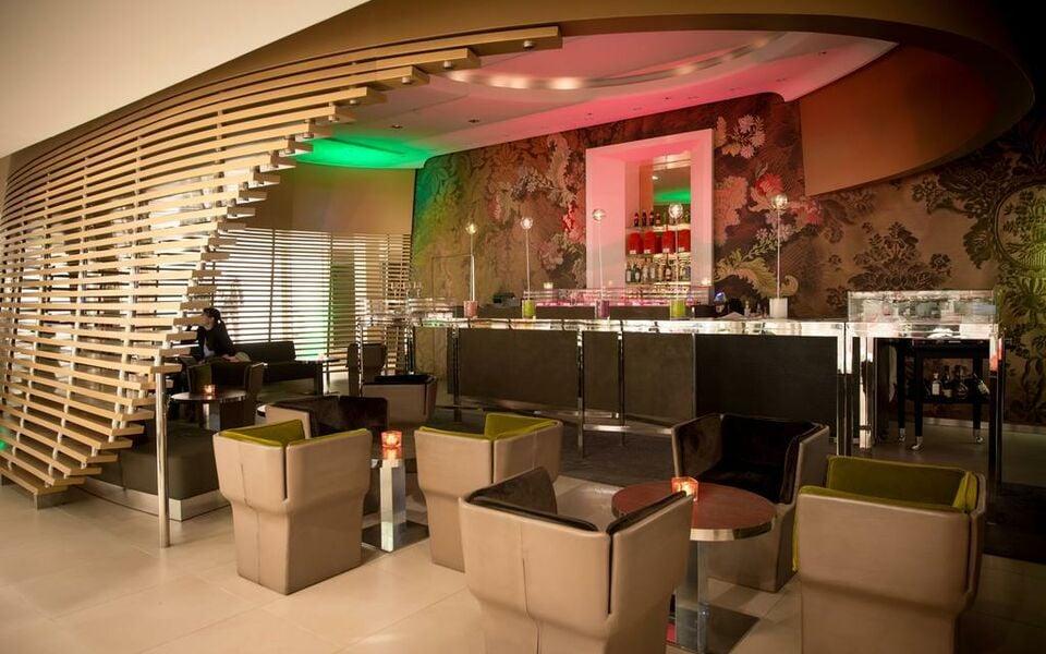 Sofitel lyon bellecour a design boutique hotel lyon france for Boutique hotel lyon