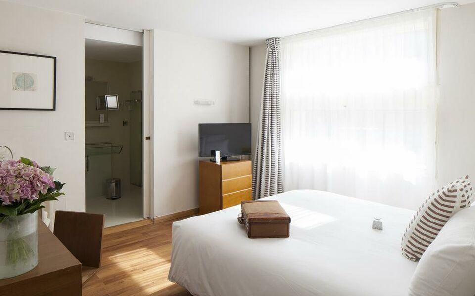 h tel la p rouse a design boutique hotel nantes france. Black Bedroom Furniture Sets. Home Design Ideas