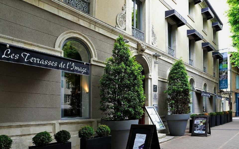 H tel de l 39 image a design boutique hotel saint r my de for Hotels design en france