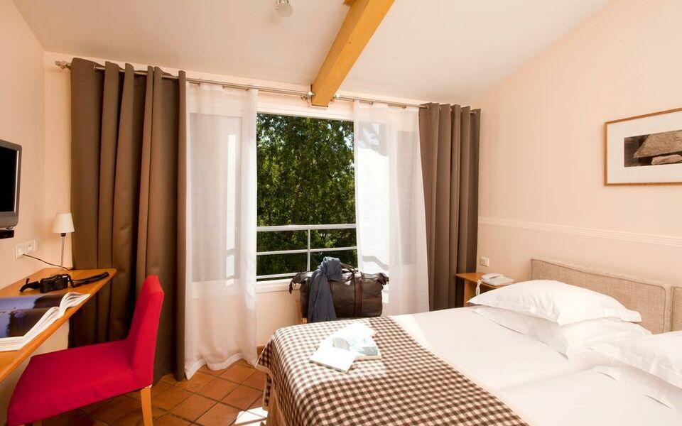 H tel de l 39 image a design boutique hotel saint r my de for Hotel design provence