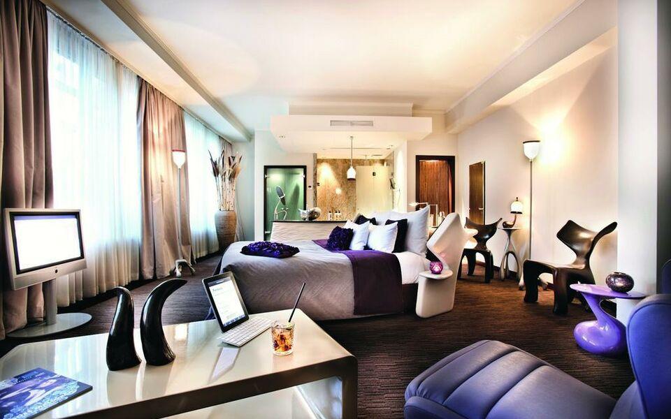 east a design boutique hotel hamburg germany. Black Bedroom Furniture Sets. Home Design Ideas