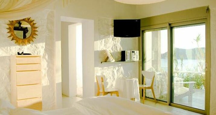 Greco Philia Luxury Suites & Villas, Elia Beach (10)