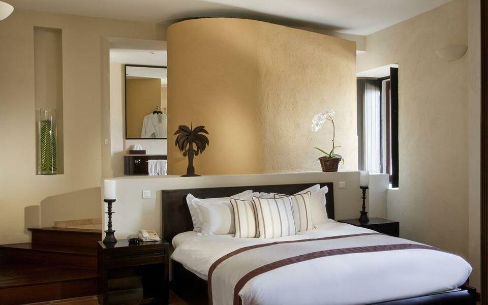 Hotel Nicolas De Ovando