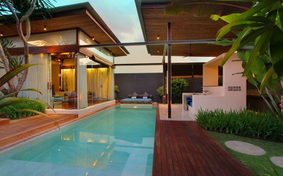 Kiss bali villas by karaniya experience seminyak for Hip hotels bali