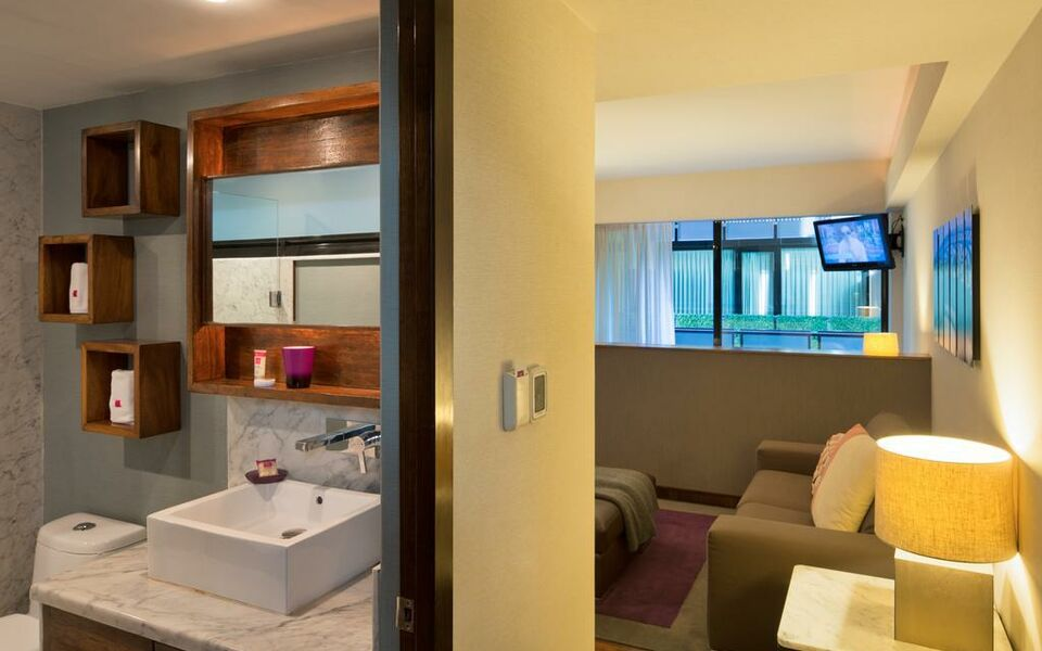 Las Suites Campos Eliseos, Mexico city (12)