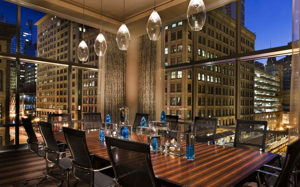 theWit Chicago, A DoubleTree by Hilton Hotel, Chicago, Heart of Chicago (7)
