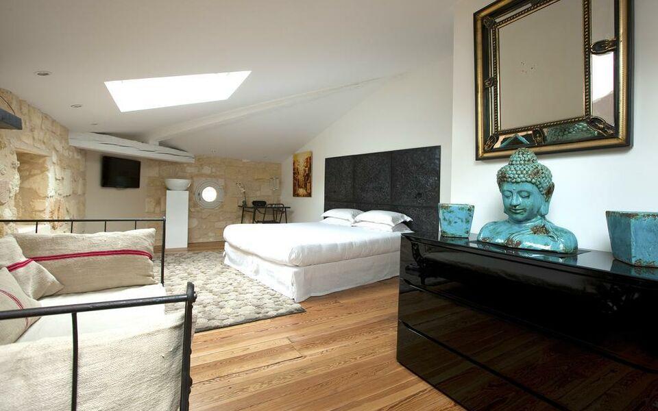 Une chambre chez dupont bordeaux francia for Une chambre en ville bordeaux
