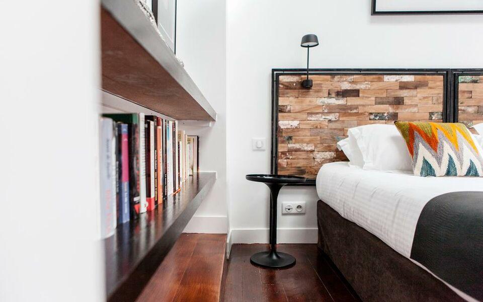 Une chambre chez dupont bordeaux frankreich for Bordeaux une chambre en ville