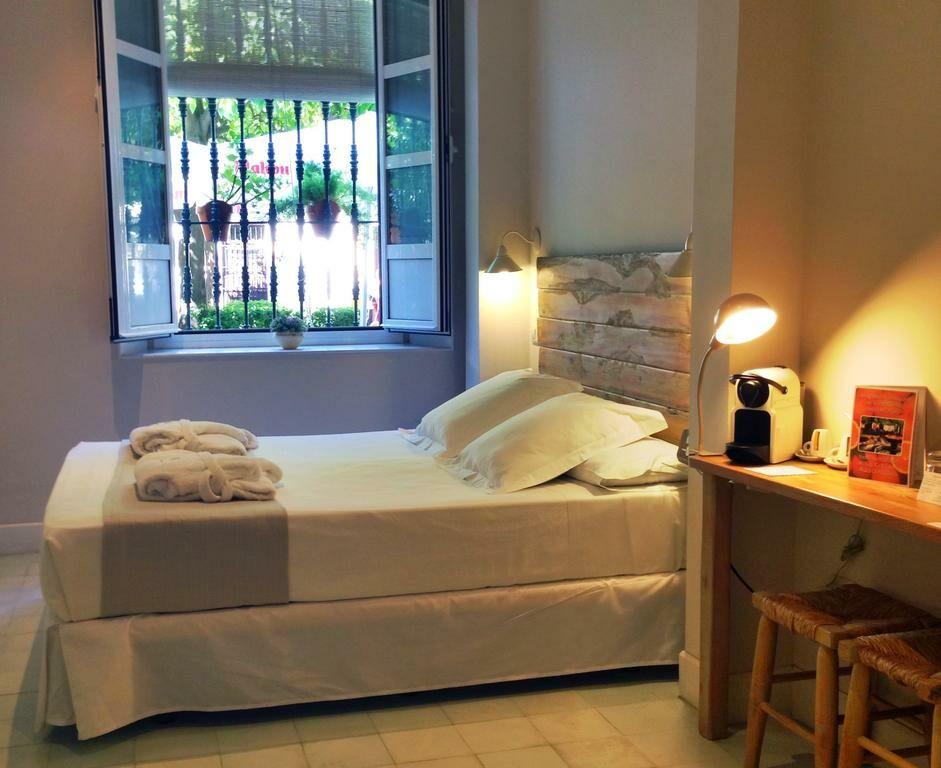 Hotel boutique elvira plaza sevilla spagna for Piani casa 1800 a 2200 piedi quadrati