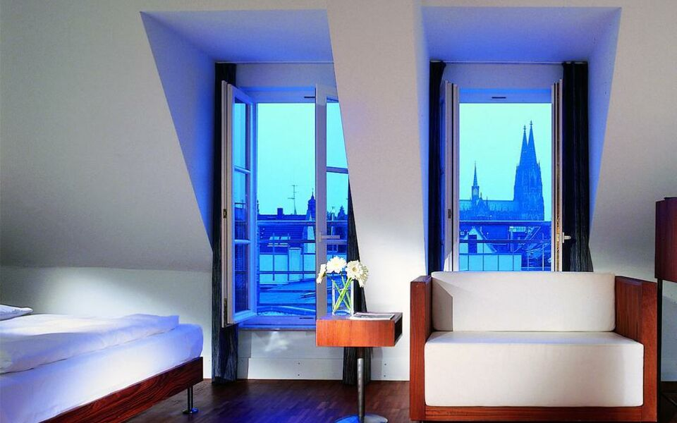hopper hotel st antonius a design boutique hotel k ln germany. Black Bedroom Furniture Sets. Home Design Ideas