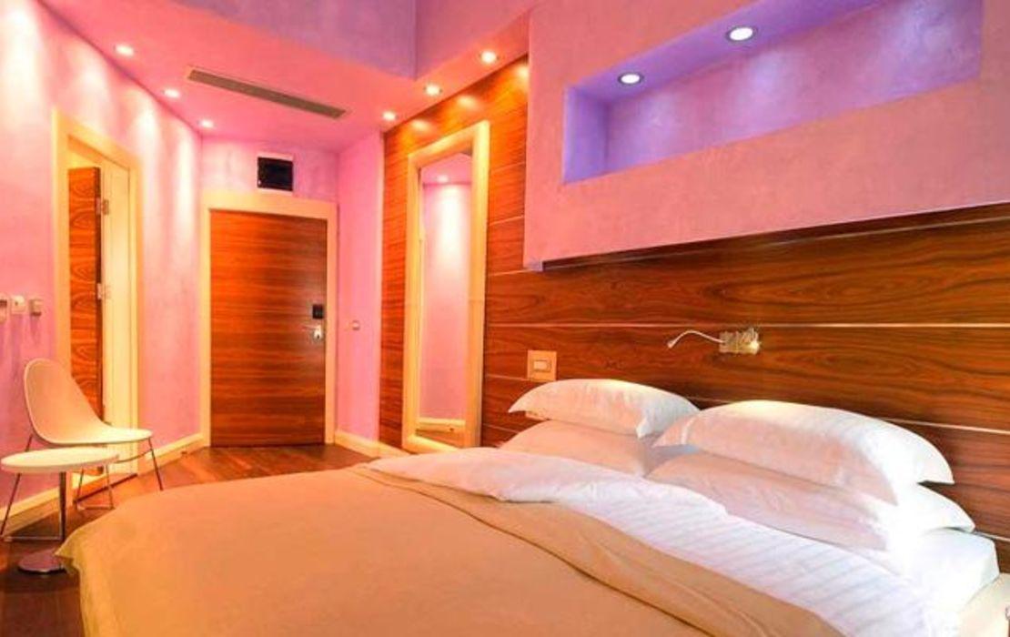 Hotel forza mare a design boutique hotel kotor montenegro for Boutique hotel kotor