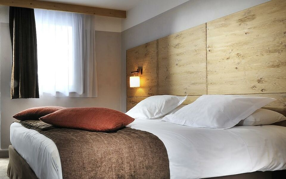 H tel l 39 aigle des neiges a design boutique hotel val d for Design hotel des francs garcons
