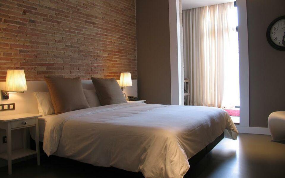 the5rooms barcelona spagna. Black Bedroom Furniture Sets. Home Design Ideas