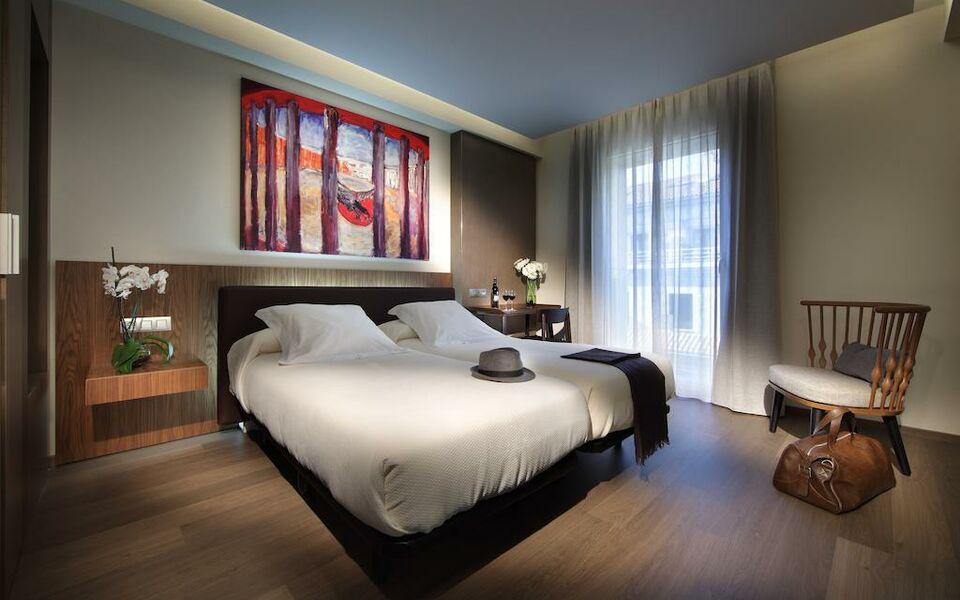 Hotel abades recogidas a design boutique hotel granada spain for Best boutique hotels granada