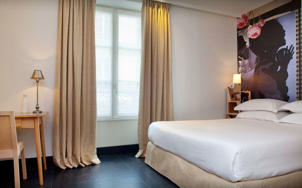 hotel l antoine a design boutique hotel paris france. Black Bedroom Furniture Sets. Home Design Ideas