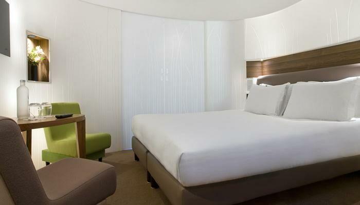 h tel jules jim. Black Bedroom Furniture Sets. Home Design Ideas