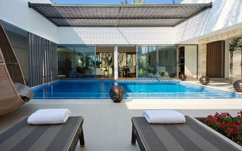 Per aquum desert palm a design boutique hotel dubai for Small hotels in dubai