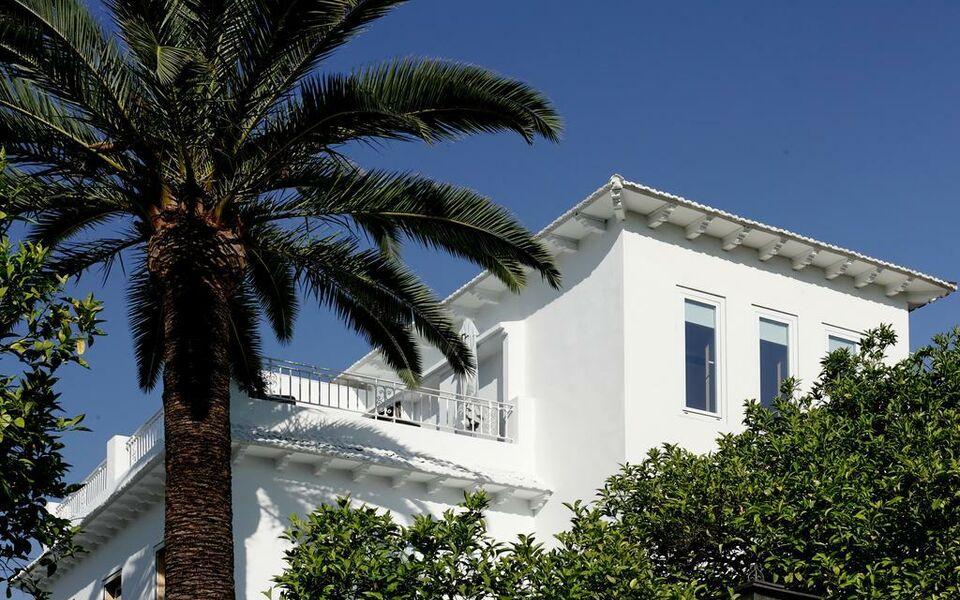 Boutique hotel holos a design boutique hotel sevilla spain for Boutique hotel sevilla