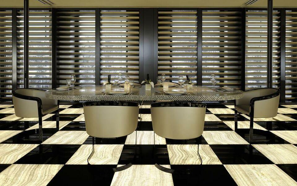 Armani hotel milano a design boutique hotel milan italy for Boutique hotel milano centro