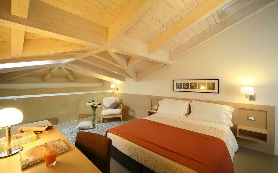Le rose suite hotel a design boutique hotel rimini italy for Design boutique hotel rimini
