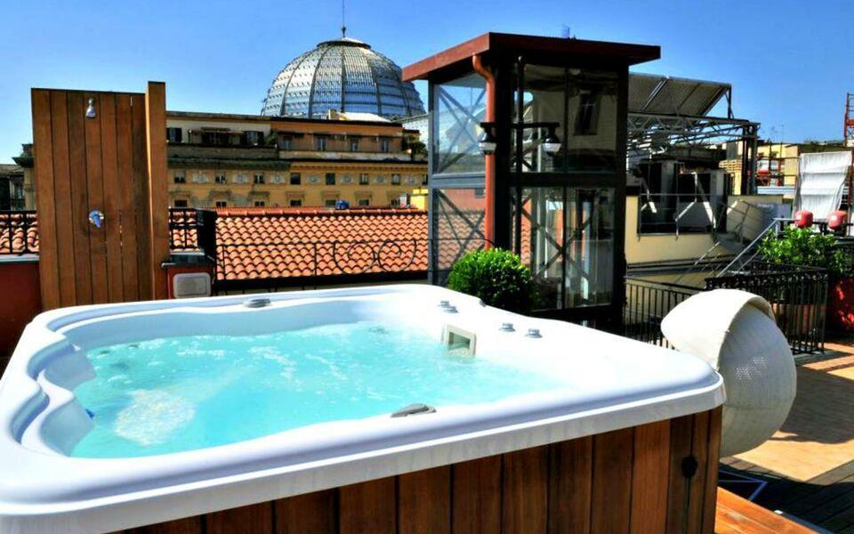 La ciliegina lifestyle hotel a design boutique hotel for Design hotel naples italy
