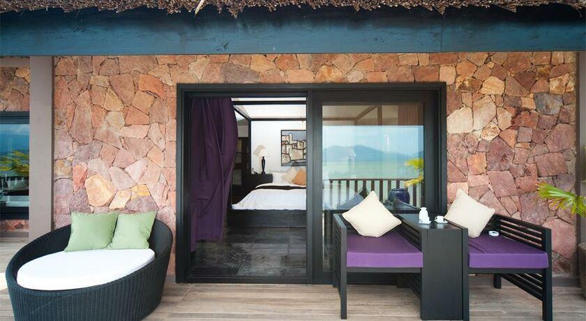 Vedana lagoon resort spa a design boutique hotel phu for Design boutique hotel hanoi