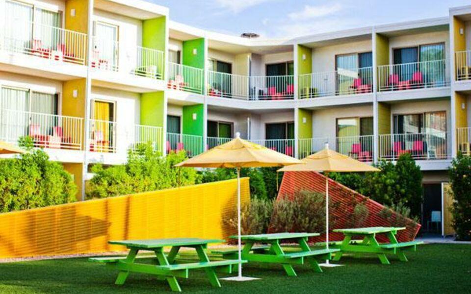 The saguaro palm springs a joie de vivre hotel a design for Design hotel palm springs