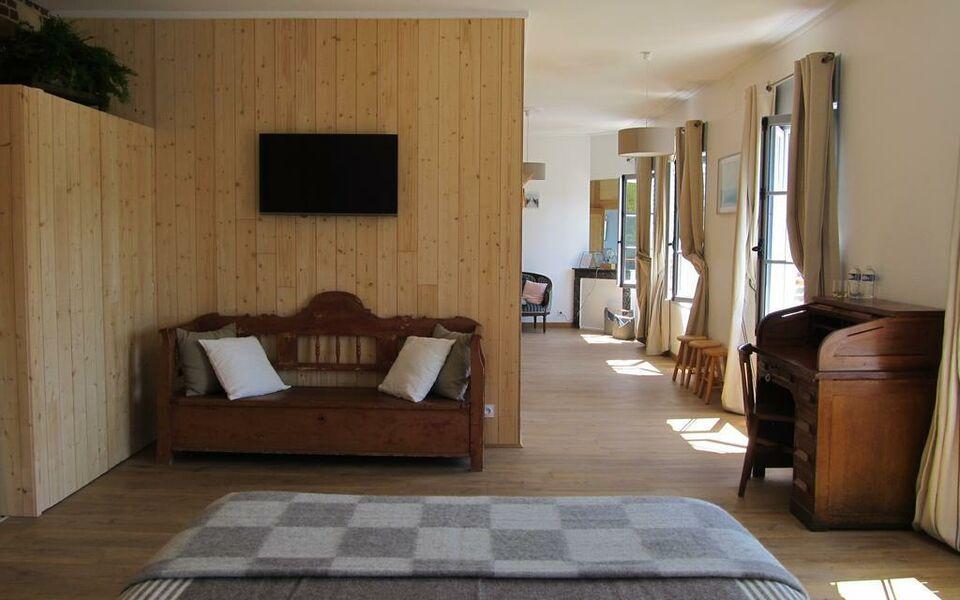 Chambres d 39 h tes a l 39 ecole buissonniere honfleur frankreich - Honfleur chambres d hotes ...
