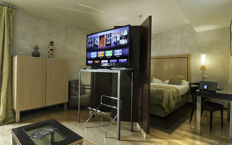 Intown luxury house a design boutique hotel rome italy for Design boutique hotel rome