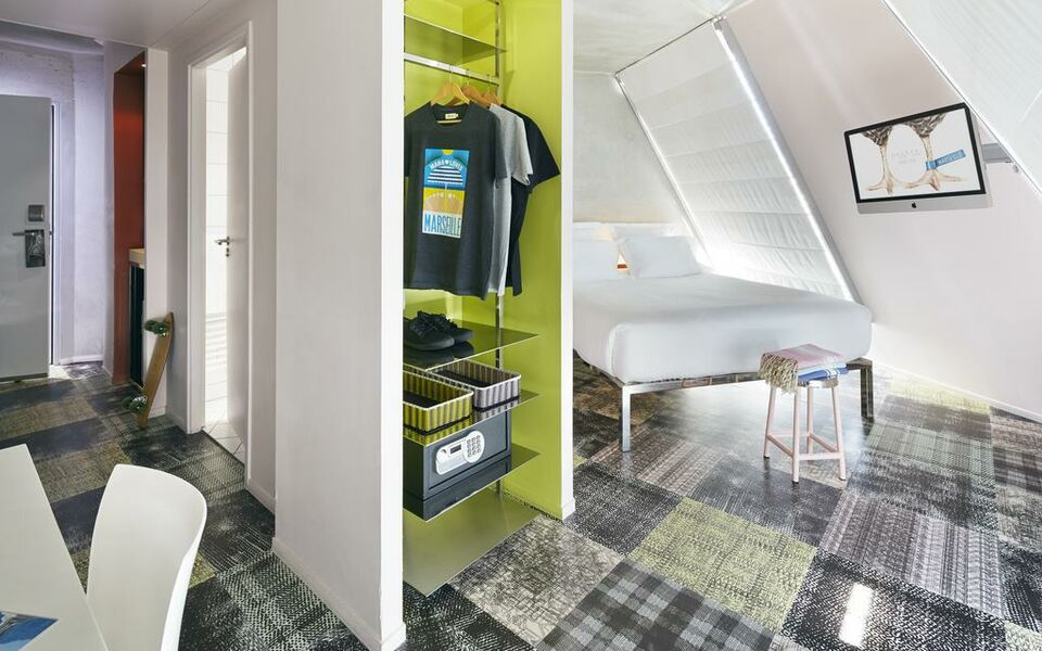Mama shelter marseille a design boutique hotel marseille for Hotel design marseille