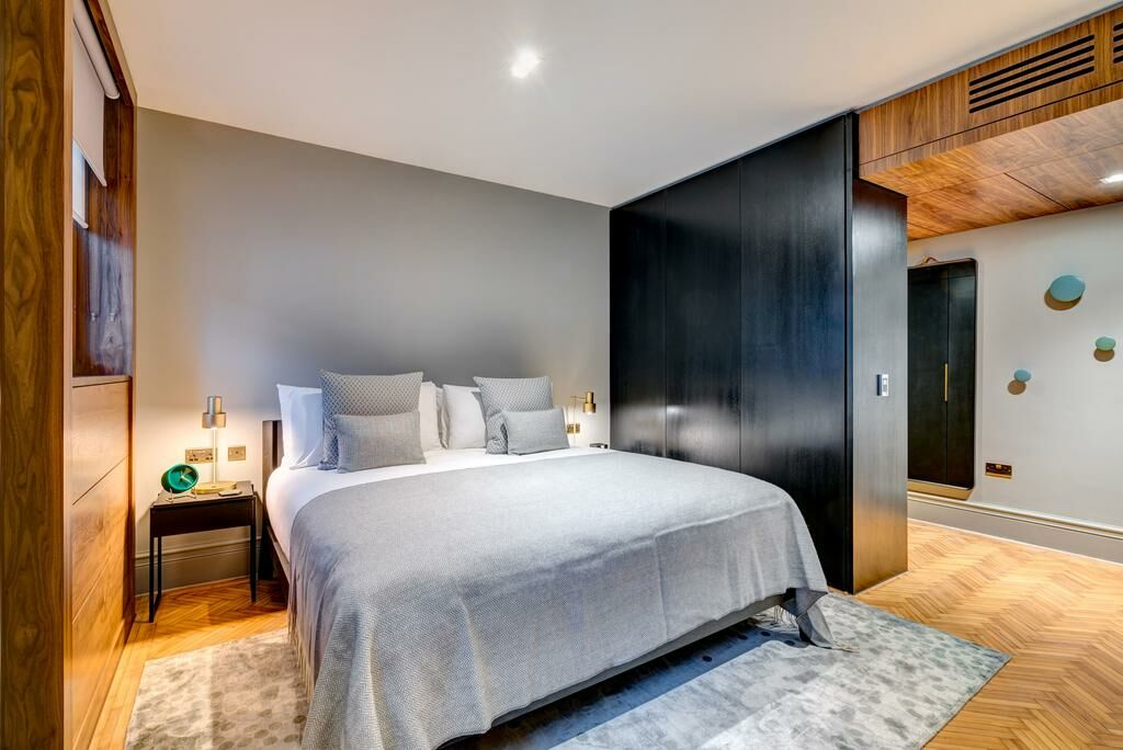 Apex temple court hotel a design boutique hotel london - London hotels with 2 bedroom suites ...