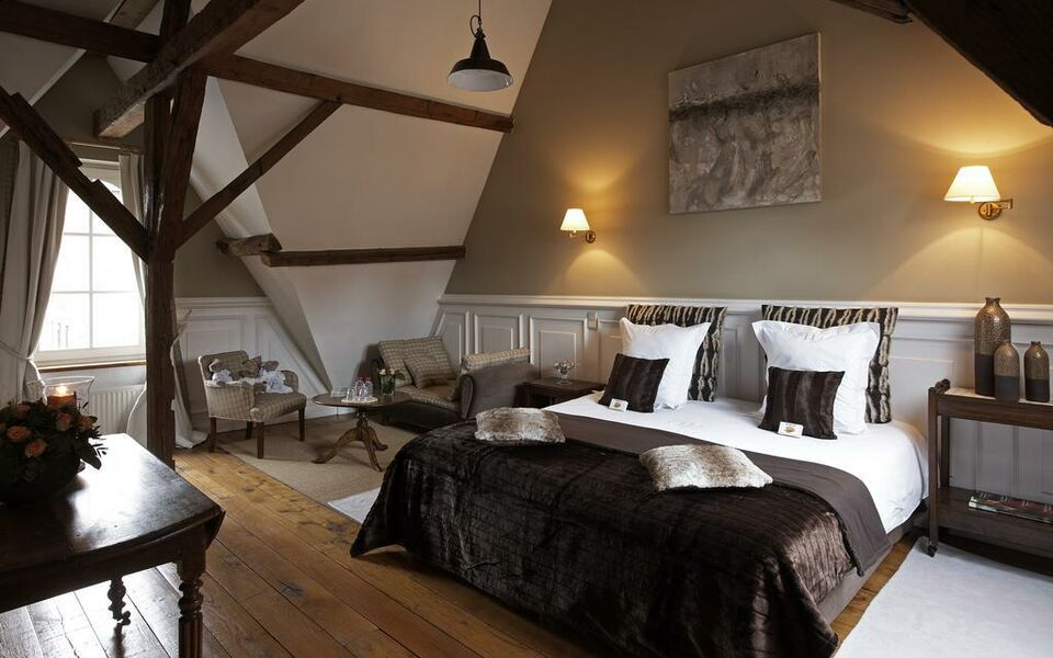 Number 11 Exclusive Guesthouse, Bruges (1)