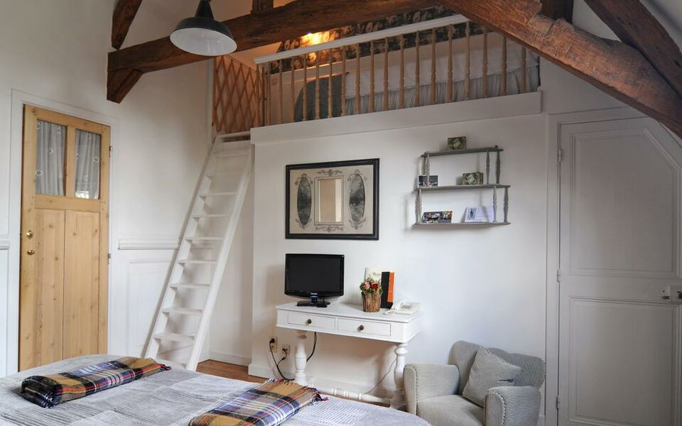 Number 11 Exclusive Guesthouse, Bruges (5)