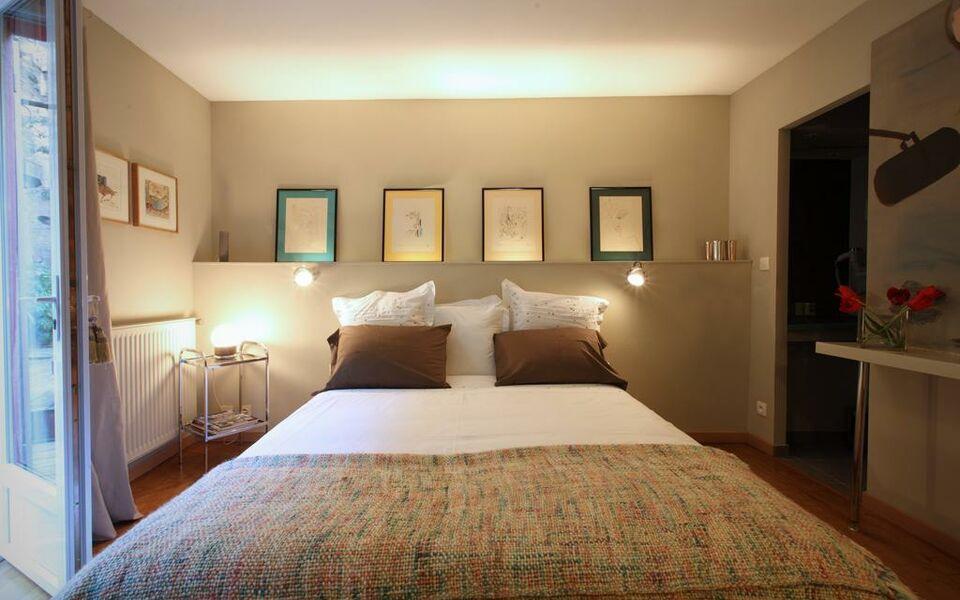 chambres d 39 h tes d 39 endoume marseille frankreich. Black Bedroom Furniture Sets. Home Design Ideas