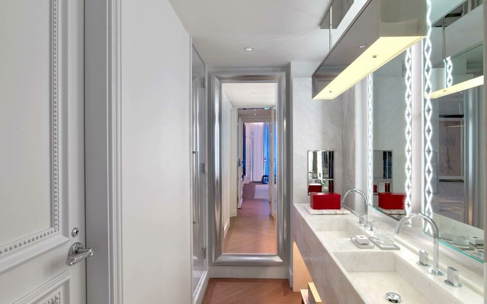 Baccarat Hotel and Residences New York, New York [NYC], Midtown (8)