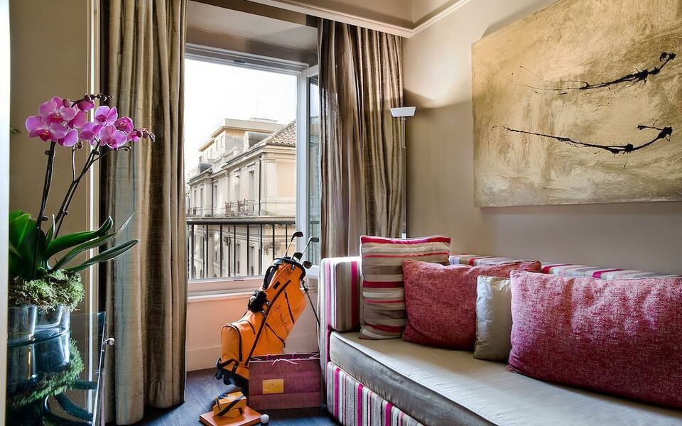 Casa montani a design boutique hotel rome italy for Design boutique hotel rome
