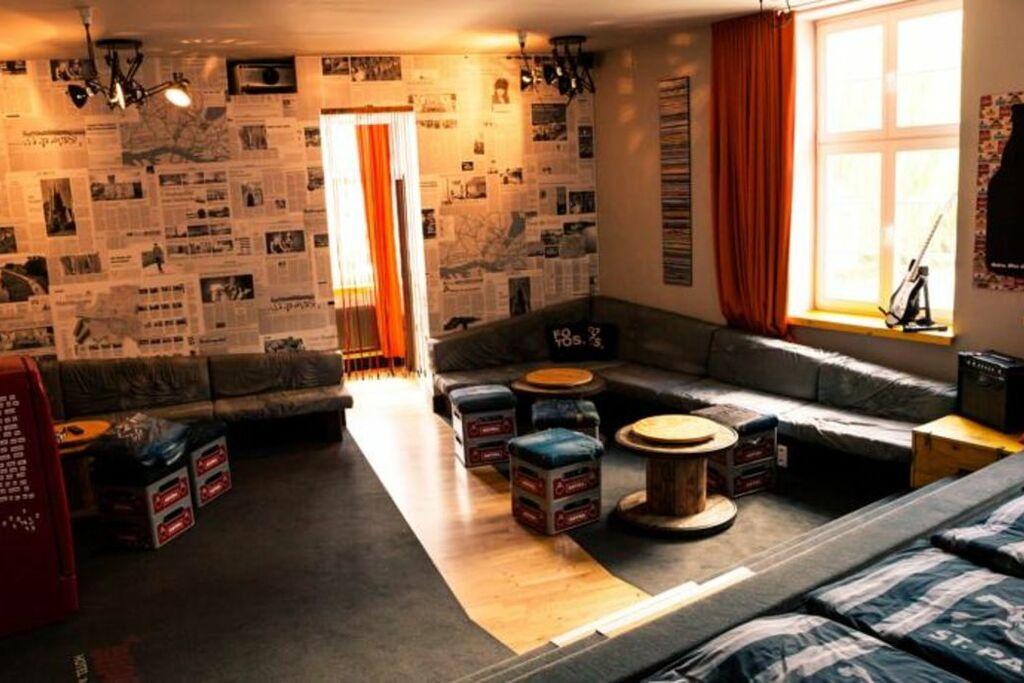 superbude hotel hostel st pauli a design boutique hotel. Black Bedroom Furniture Sets. Home Design Ideas