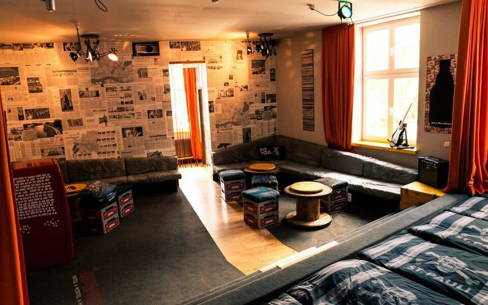 superbude hotel hostel st pauli hamburg deutschland. Black Bedroom Furniture Sets. Home Design Ideas