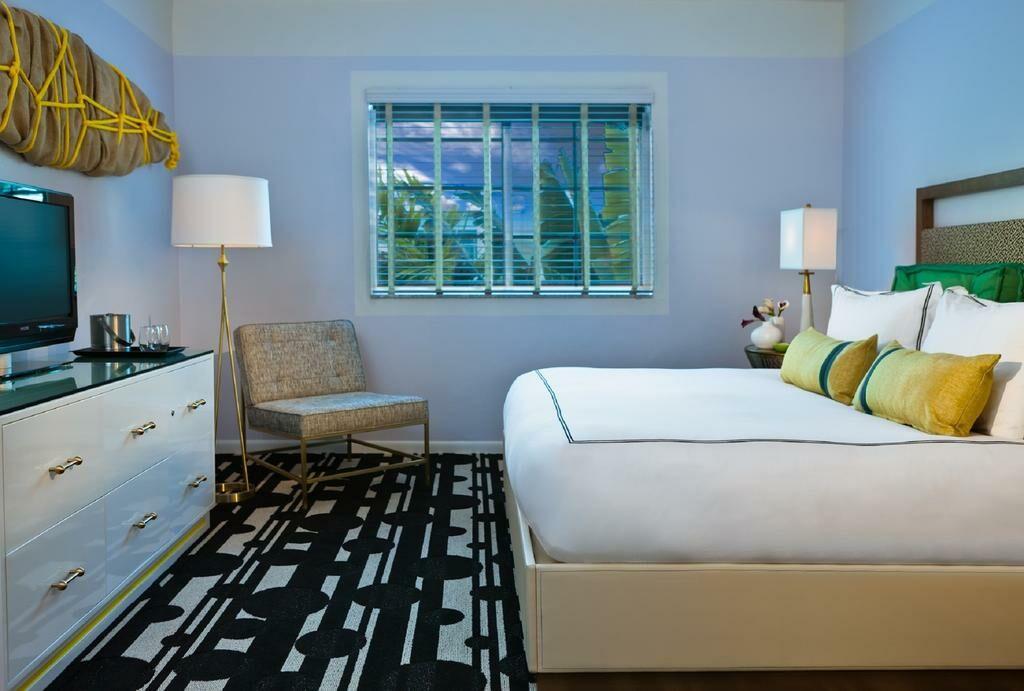 Surfcomber hotel a kimpton hotel miami beach vereinigte for Bett vor heizung