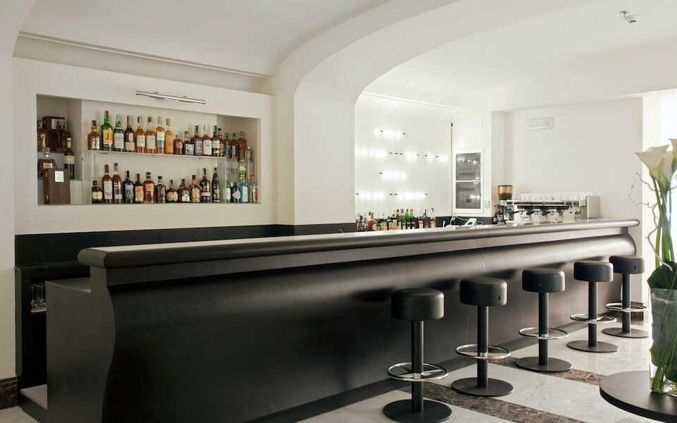 The first roma a design boutique hotel rome italy for Best boutique hotels in rome 2015