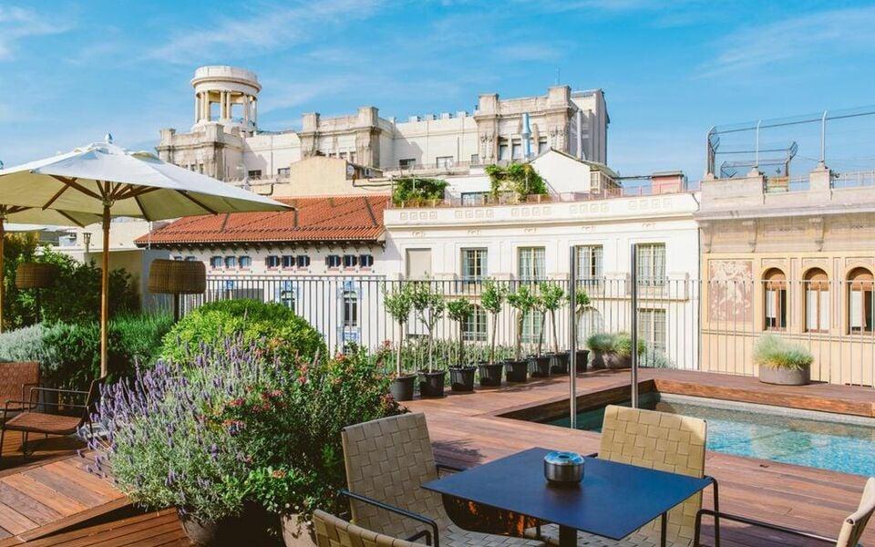 mercer hotel barcelona a design boutique hotel barcelona spain. Black Bedroom Furniture Sets. Home Design Ideas