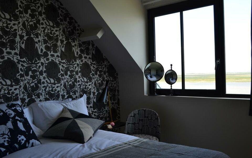 hotel les pilotes st valery sur somme france my boutique hotel. Black Bedroom Furniture Sets. Home Design Ideas